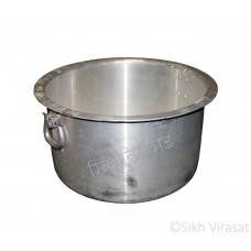 Patila (Punjabi: ਪਤੀਲਾ) Kunde Wala Aluminium or Aluminum Color – Silver Size – 19 Inch Number 38