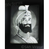 Shri Guru Gobind Singh Ji Black & White Photo Size – 6x8