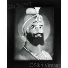 Shri Guru Gobind Singh Ji Black & White Photo Size – 6x8